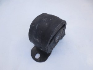 Poduszka silnika przód UAZ nowy typ (UAZ new type mounting point for engine)