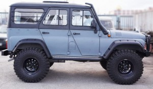 UAZ 469B/ HUNTER nadkola zewnętrzne LAPTER pod maksymalne wycięcie do 35 cali (UAZ HUNTER wheel arches from LAPTER for max cut - 35 inch tyres)